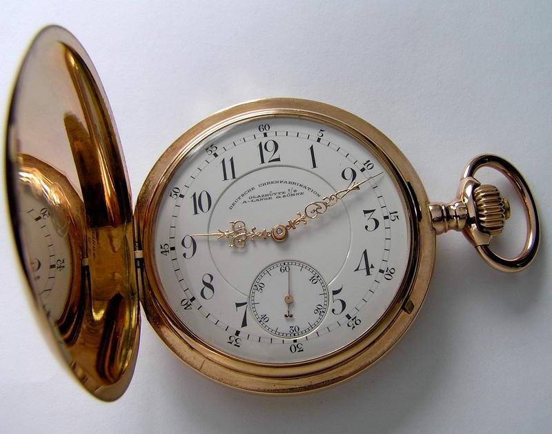 100-летние часы с гарантией никто не продает, но тут такие хорошие сохраны механизмов