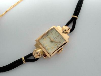 38250fc5a1f1 Позолоченные женские часы Заря