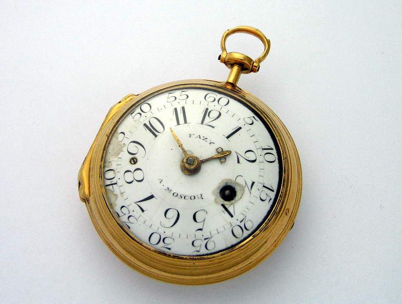 Частная коллекция необычных старинных часов. Карманные, наручные ID72