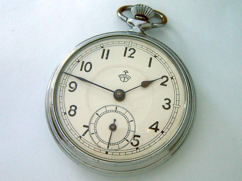 Немецкие часы стоимость старинные преподавателя стоимость академического часа