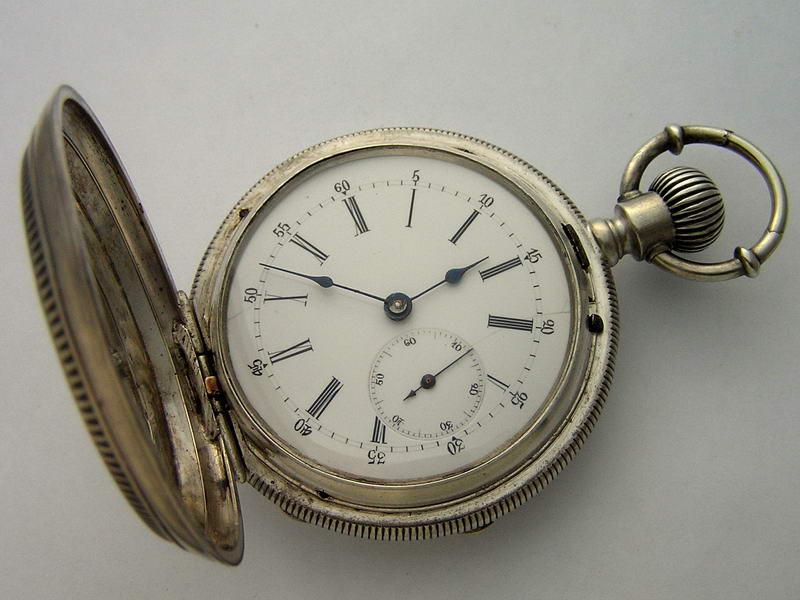 Продать часы старинные серебряные часа зил машина стоимость